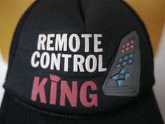 "Vintage ""REMOTE CONTROL KING"" Printed Logo TRUCKER HAT Hipster BASEBALL CAP"