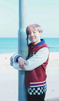 jhope wallpaper [german/deutsch] Just another BTS reaction book :} Have fun smut/fluff/usw. Gwangju, Foto Bts, Bts Photo, Jung Hoseok, Taehyung, Bts Boys, Bts Bangtan Boy, Jhope Bts, Bts Aegyo