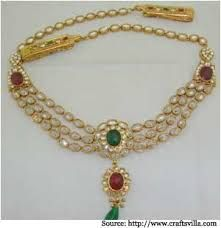 Bridal jewellery is very popular. It adds an additional tone to the beauty of the bride.No one wants to compromise when it comes to Bridal Jewellery. Indian Necklace, Indian Jewelry, Gold Necklace, Saree With Belt, Saree Belt, Wedding Jewelry, Gold Jewelry, Jewellery, Waist Jewelry