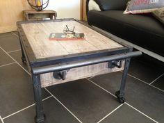 Table Basse style industriel PIECE UNIQUE en métal et bois Loft : Meubles et rangements par diodin