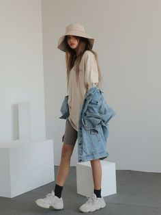 Korean Fashion Trends, Korea Fashion, Fashion Tips For Women, Asian Fashion, Fashion Guide, Korean Street Fashion Summer, India Fashion, Ladies Fashion, Fashion News