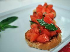 トマトとバジリコの簡単ブルスケッタ
