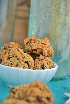 Gluten-Free and Dairy-Free Cinnamon Oatmeal Cranberry Cookies #glutenfree
