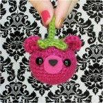 """bearies"" free crochet amigurumi pattern, would be super cute as ornaments!!  *gleefulThings.com"