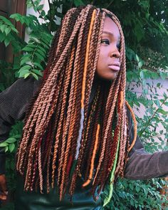 """Yari Twists: Yarn twists done creatively with a mixture of Locs & swag @hairbysusy #hairbysusy #yaritwists #yarntwists taken by my lil sis…"""