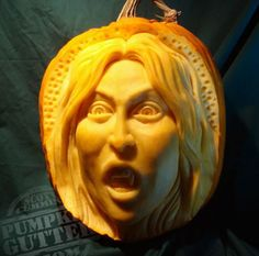 Person with shock look food carving sculpture