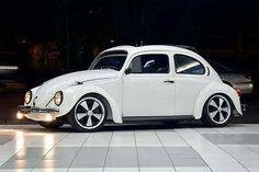 Volkswagen New Beetle, Volkswagon Van, Beetle Car, Custom Vw Bug, Vw Super Beetle, Bug Car, Vw Vintage, Vw Cars, Vw Beetles