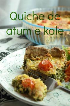 Quiche de atum e kale. Uma quiche ligeira e cheia de proteína. Uma receita fácil e rápida de fazer para aqueles dias em que não dispomos de muito tempo para cozinhar.