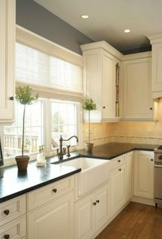 ☆Black Granite Countertops. Love the overall color scheme as well!