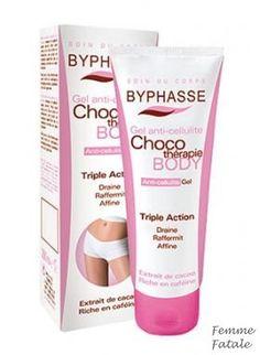 BYPHASSE Gel αδυνατίσματος  200 Ml με εκχύλισμα κακάο, ένα φυσικό συστατικό πλούσιο σε καφεΐνη και θειοβρομίνη. Τα συγκεκριμένα ενεργά συστατικά μειώνουν δραστικά την εμφάνιση της κυτταρίτιδας καταπολεμώντας την συσσώρευση του λίπους στην επιδερμίδα. Έρχεται σε μορφή gel, που απορροφάται ευκολότερα χωρίς να αφήνει λιπαρότητα στο δέρμα. Χρήση: Εφαρμόστε πρωί και βράδυ στις περιοχές όπου υπάρχει πρόβλημα κάνοντας μασάζ με κυκλικές κινήσεις για λίγα λεπτά. Οι τιμές περιλαμβάνουν ΦΠΑ. Τιμή €7,90 Anti Cellulite, Shampoo, Spa, Personal Care, Bottle, Self Care, Personal Hygiene, Flask, Jars
