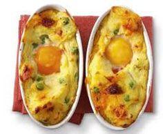 Ricetta facile e veloce: Sformato di uova.Preparazione:15′ Cottura:10′ Esecuzione:facile Scalda il forno a 220° C al grill. Prepara il purè di ….