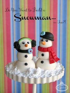 Snowman fondant tutorial, try with cupcakes or buttercream icing with open & balloon tips