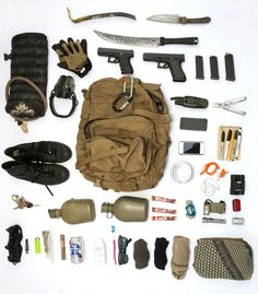 This 72-hour bugout bag and survival kit features our 4x6 notebook, among other quality tools.  #EDC #PocketDump
