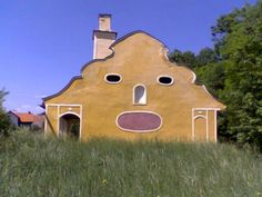 Houses with Human Face!