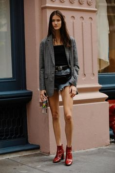 #NYFW, street style, Fall 2017 outfit ideas, blogger style, houndstooth blazer, red ankle boots, red patent leather, red trend