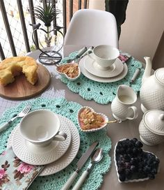 Breakfast Table Setting Decor Tea Parties 19 Ideas For 2019 Breakfast Table Setting, Romantic Table Setting, Breakfast Buffet, Breakfast Ideas, Eat Breakfast, Dinning Table, A Table, Brunch Mesa, Tea Party