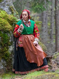 http://www.norskfolkemuseum.no/en/Exhibits/Upcoming-exhibitions/Folk-costumes-close-up-/