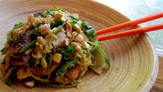 paleo pad thai - looks yummy! she has a link to a bunch of paleo recipes - will have to try some Primal Recipes, Real Food Recipes, Cooking Recipes, Healthy Recipes, Paleo Food, Paleo Pasta, Raw Food, Cooking Ideas, Healthy Meals
