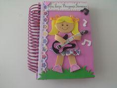 capa de caderno feito de eva