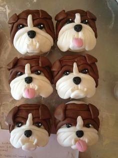 Molly's Creative Cakes - bulldog cupcakes