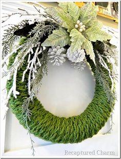 DIY Christmas Wreath : DIY Finger Knitted Christmas Wreath