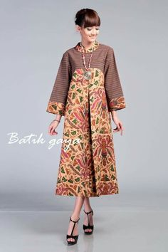 Muslim Fashion, India Fashion, Ethnic Fashion, Hijab Fashion, African Fashion, Fashion Dresses, Blouse Batik, Batik Dress, African Print Dresses