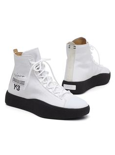 Casual Boots, Casual Sneakers, White Sneakers, Shoes Sneakers, Sneakers Adidas, Men's Shoes, Mens Fashion Shoes, Sneakers Fashion, Adidas Fashion