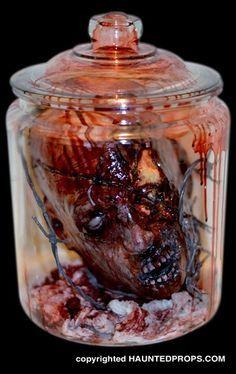 Resultado de imagen para haunted horror decor