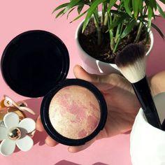 Terracota highlighter, Farmasi make up Farmasi Cosmetics, Terracotta, Beauty Industry, Huda Beauty, Avon, Hair Care, Beauty Hacks, Like4like, Blush