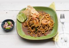 MI REBUS ACEH. The spices In These noodles leave a warm aftertaste. Use thin noodles that look like spaghetti.