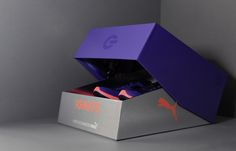 It seems kind of unusual to describe something that is not in motion as  fast, but one look at the new IGNITE running shoes from Puma and it kind of  makes sense. With the fastest man in the world as inspiration,Everyone  Associatescreated packaging that captures the essence of movement without  going anywhere at all.