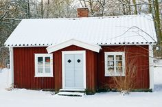 Sweden, house Red Houses, White Houses, Sweden House, Red Cottage, Getaway Cabins, Swedish Style, Farmhouse Interior, Exterior House Colors, Scandinavian Home