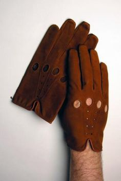 My Man Cognac Driving Gloves  Very stylish glove in a chic cognac color. Made of the finest and most expensive, soft and strong calfskin. #leather #fashion #men
