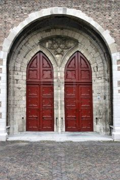 Entree Deuren onderaan de toren van de Grote kerk in Dordrecht. Through one of these doors Me and my husband walked into the church for our weddingceremony.