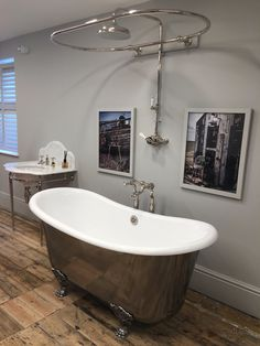 Catchpole & Rye bath and shower rail at our Tunbridge Wells showroom.