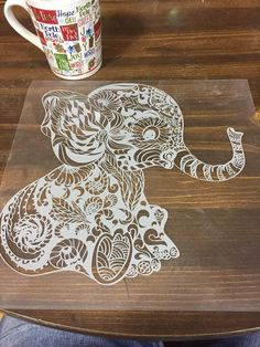 Silouette Cameo Projects, Cnc Cutting Design, Paper Cutting Patterns, Cut Out Art, Pencil Drawings Of Animals, Paper Art, Paper Crafts, Paper Cut Design, Diy Crafts To Do