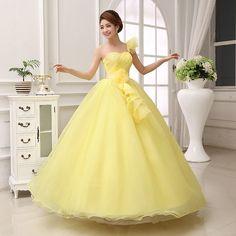Vestidos de 15 años amarillos 4