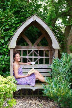 banc d'extérieur, banc de jardin en bois, abri de jardin en bois