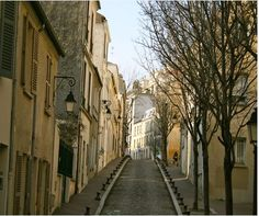 4 Paris walks away from the classic must-see attractions