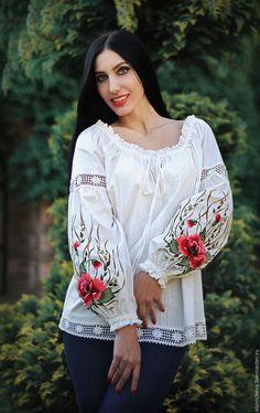 """Купить Вышитая белая блуза. Нарядная блуза с вышивкой """"Волшебство лета"""" - белый, рисунок"""