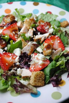 Balsamic Chicken, Feta, & Strawberry Salad - low calorie