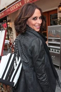jennifer love hewitt short hair 2010 - Google Search