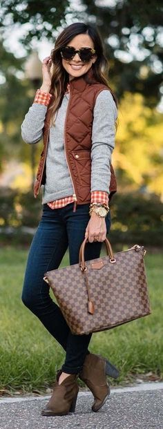 cute preppy fall outfits for the smart and sassy look