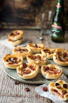 Can't-Stop-at-Just-One Mini Garlic Bread Pizzas