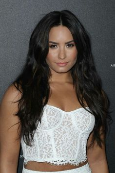 Demi Lovato 2009, Demi Lovato Style, Demi Lovato Hair, Demi Lovato Pictures, Thing 1, Hollywood Fashion, Female Singers, Celebrity Pictures, Bikinis