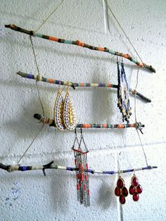 Twig Jewelry Display Rack, http://hative.com/diy-ideas-with-twigs-or-tree-branches/
