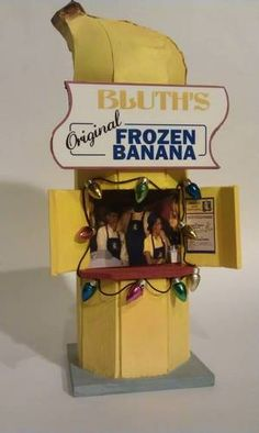 Bluth Banana Stand Bank - MISCELLANEOUS TOPICS