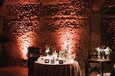 confettata vintage Unique Weddings, Drink Stations, Wedding Decorations, Sweet Tables, Anton, Beverage Stations, Wedding Decor, Unique Wedding Favors, Wedding Jewelry