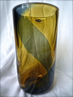 475 Jaakko Niemi Nuutajarvi Notsojo Scandinavian Art Glass Vase
