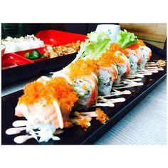 14.8 Kinsa Roll \ Kinsa Sushi. cucumber x avocado maki topped with aburi salmon and salmon roe. a slightly lighter version of aburi salmon makis. I still prefer my aburi rolls with overflowing mentai . #kinsasushi #kinsaroll #japanese #maki #sushi #sushiroll #salmon #aburi #sashimi #salmonmaki #avocado #salmonroe #sgfoodie #igsg #sgig #sgeats #travellingfatty by daggerlove10